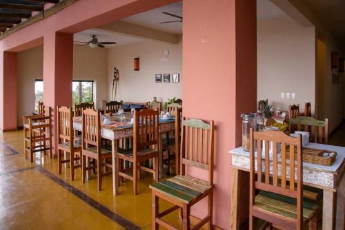 Espaço do Café da Manhã - Pousada Altamira Ilhabela